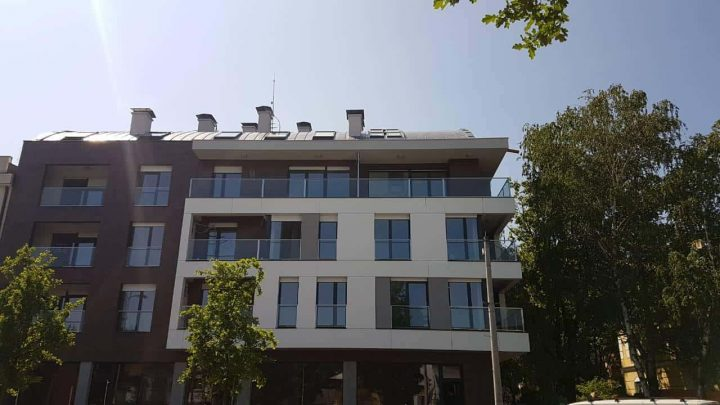Residential and business building in Cara Dusana Street 16 in Novi Sad is completed and occupied by tenants