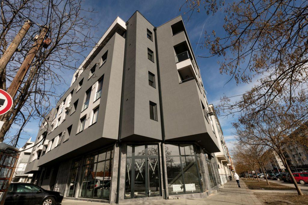 Završen stambeni objekt u na uglu ilica Janka Čmelika i Branka Bajića u Novom Sadu